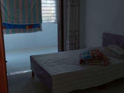 科达C区科达乐家2楼97平三室带地下室 年租1.9万 空调房 房况好