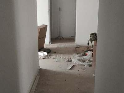金鸿花园二楼147平3室2卫新装修带地下室126万,有钥匙