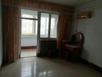 明月小区一楼3室2厅1卫83.4平带地下室阳面客厅