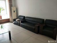 胜宏美居123平方,3室2厅1卫,带车库全套家家居,拎包入住现房急租。